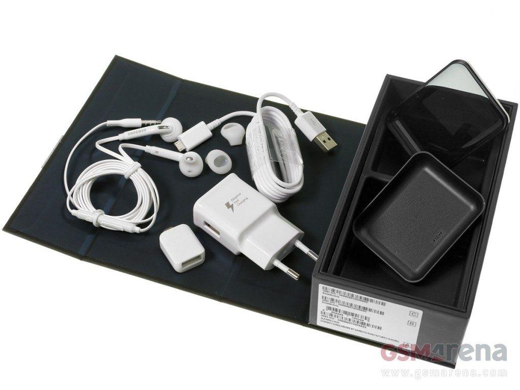 محتويات علبة هاتف Samsung Galaxy S7