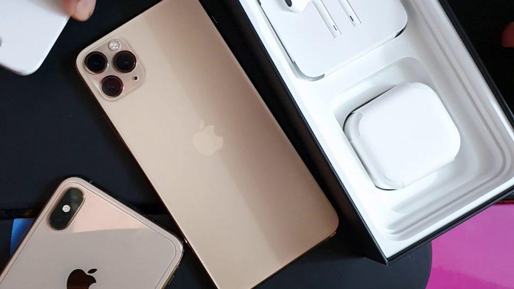 محتويات علبة iPhone11pro