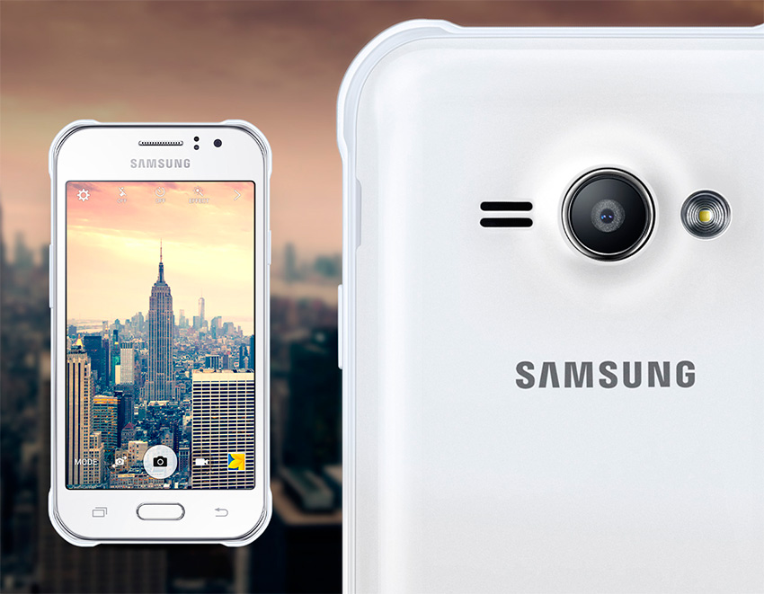 كاميرا هاتف Samsung Galaxy J1 Ace