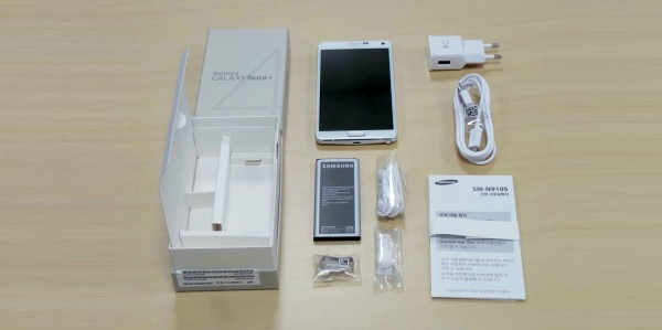 محتويات علبة هاتف Samsung Galaxy Note 4