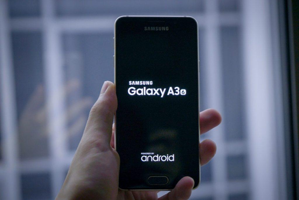 مواصفات هاتف Samsung Galaxy A3 2016