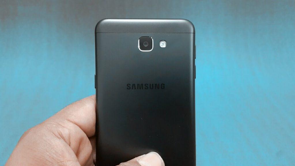 كاميرا هاتف Samsung J5 prime