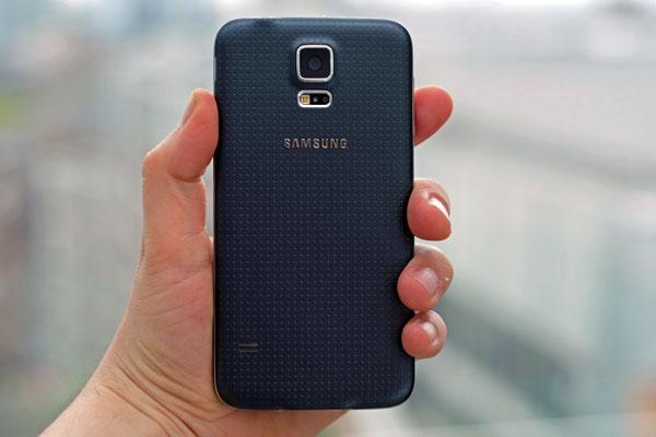 عيوب هاتف Samsung Galaxy S5