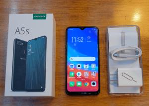 محتويات علبة هاتف Oppo A5s