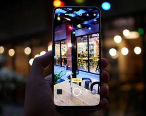 كاميرا هاتف Realme XT