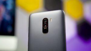 كاميرا هاتف Xiaomi Pocophone F1
