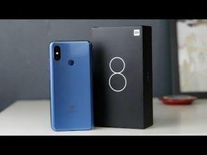 محتويات علبة Xiaomi Mi 8