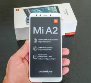 محتويات علبة Xiaomi Mi A2