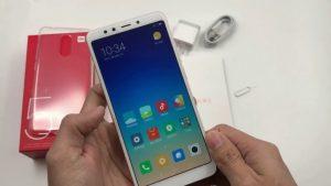 محتويات علبة Xiaomi Redmi 5