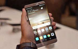 شاشة هاتف Huawei Mate 9