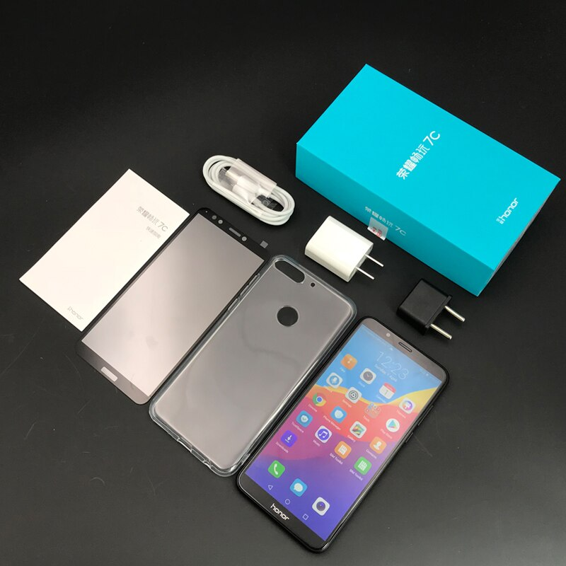 محتويات علبة هاتف Honor 7C