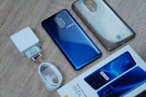 محتويات علبة هاتف Realme X2 Pro