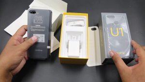 محتويات علبة هاتف Realme U1 :-