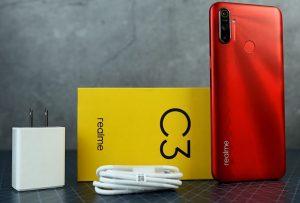 محتويات علبة هاتف Realme C3