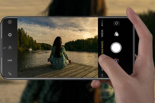 كاميرا هاتف Oppo F11