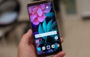 شاشة هاتف Huawei Honor V10