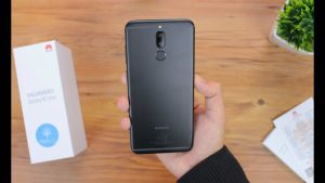 محتويات صندوق هاتف Huawei P10 lite