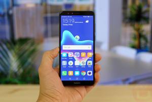 شاشة هاتف Huawei Y9 2018