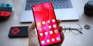 شاشة هاتف Huawei Nova 4