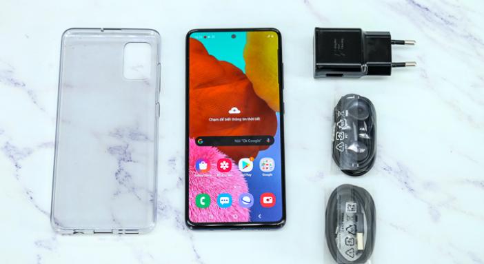 محتويات علبة Samsung Galaxy A51