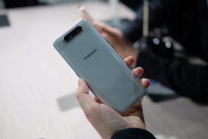 عيوب هاتف Samsung Galaxy A80