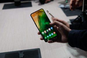 شاشة هاتف Samsung Galaxy A80