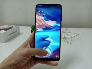 شاشة هاتف Samsung Galaxy A70