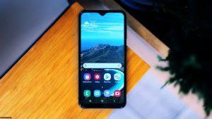 شاشة هاتف Samsung Galaxy A10