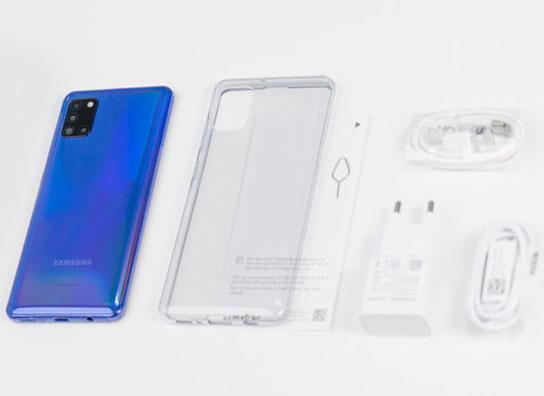 محتويات علبة Samsung Galaxy A21s
