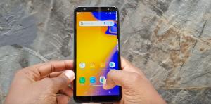 شاشة هاتف Samsung Galaxy J4 Core