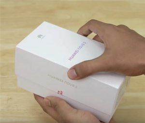 محتويات صندوق هاتف Huawei Nova 3