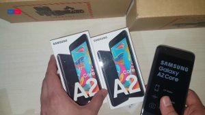 محتويات علبة هاتف Samsung Galaxy A2 Core