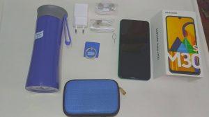 محتويات علبة هاتف Samsung Galaxy M30s