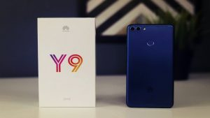 محتويات صندوق هاتف Huawei Y9 2018