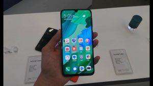 محتويات صندوق هاتف Huawei Nova 5