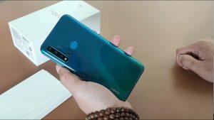 محتويات صندوق هاتف Huawei Nova 5i