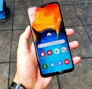 شاشة هاتف Samsung Galaxy A20s
