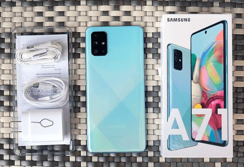 محتويات علبة Samsung Galaxy A71