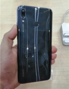 عيوب هاتف Huawei Y9 2019