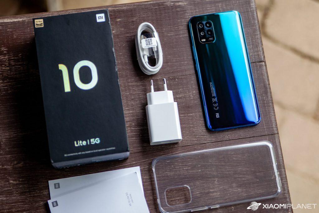 محتويات علبة Xiaomi Mi10Lite