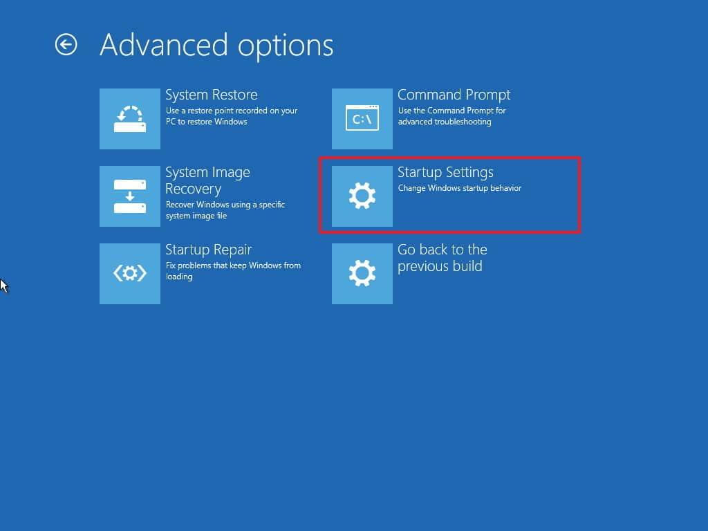 تشغيل الوضع الآمن safe mode في windows 10 في حل مشكلة ظهور شاشة سوداء عند تشغيل اللاب توب