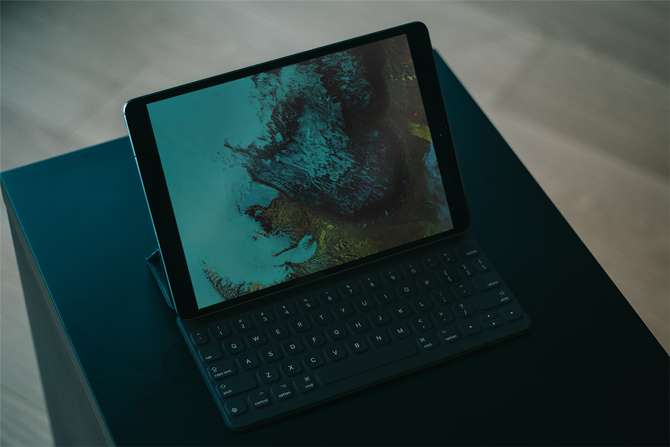 أفضل 8 تطبيقات لوحة مفاتيح iPad للحصول على ميزات إضافية