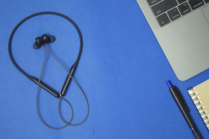 مراجعة Oppo Enco M31 Neckband – جيد لعشاق الصوت؟
