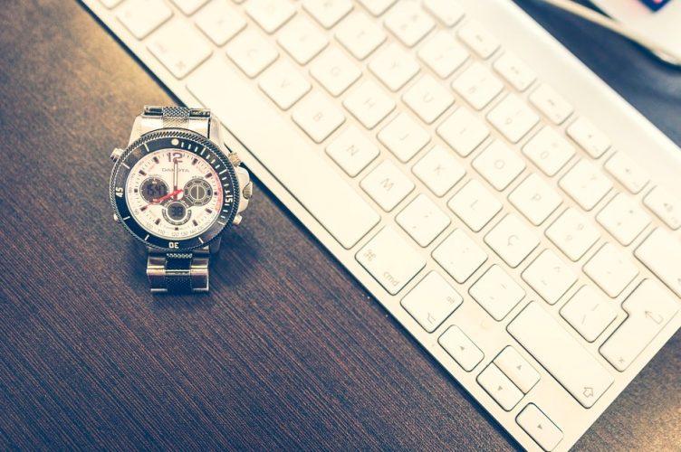 أفضل 5 تطبيقات لتتبع الوقت لنظام التشغيل Mac لزيادة إنتاجيتك
