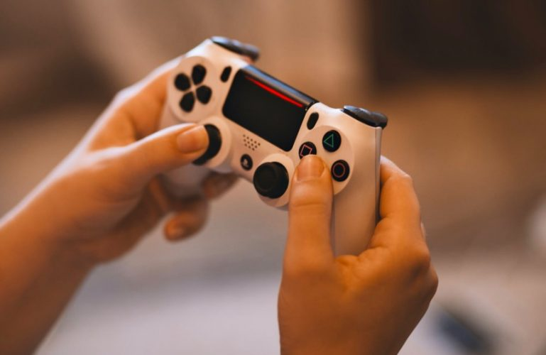 كيفية تغيير معرّف الإنترنت الخاص بك على PS4