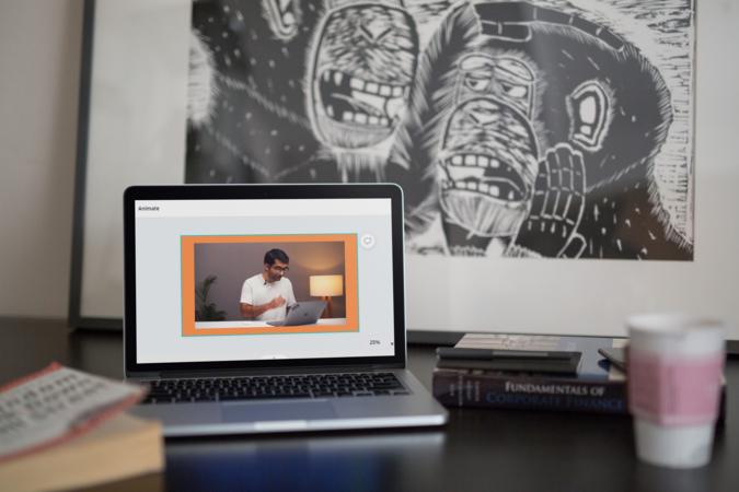 4 طرق لإضافة حدود إلى الفيديو على الهاتف المحمول وسطح المكتب